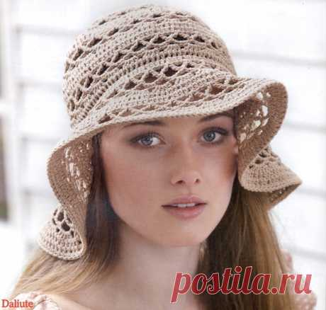 Summer hat hook