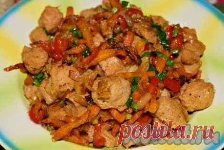Рецепт гуляша из соевого мяса - 19 пошаговых фото в рецепте