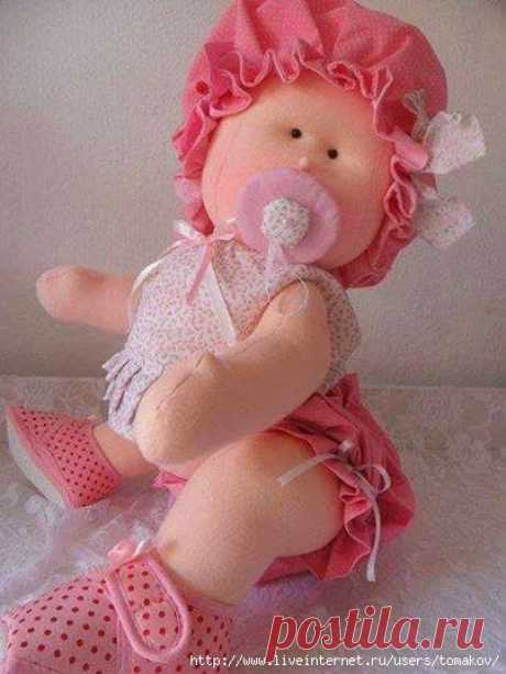 Две куколки-малышки. Выкройки.