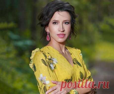 Елену Борщеву сравнили с Мэри Поппинс: звезда КВН очаровала фанатов нежным образом