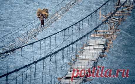 Очень страшные мосты / Туристический спутник