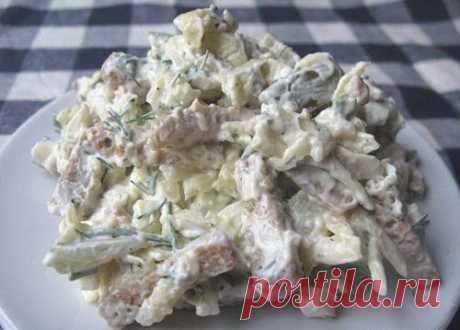 Как приготовить сырный салат с сухариками - рецепт, ингредиенты и фотографии
