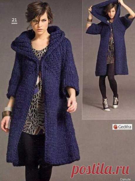 Пальто спицами для женщин. Пальто спицами схемы и описание |