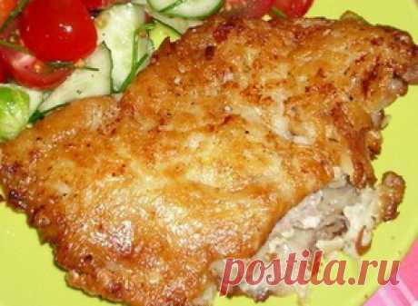 La carne en la corteza de patatas
