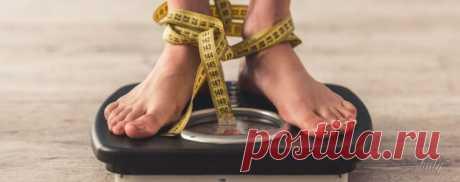 Как похудеть за неделю без труда и голодовок Каждая женщина сталкивается с проблемой лишнего веса, однако если наша фигура далека от идеала на несколько килограммов, мы редко сразу же пытаемся их убрать, надеясь на то, что впереди у нас еще много времени и эти несколько лишних килограмм уйдут сами собой.