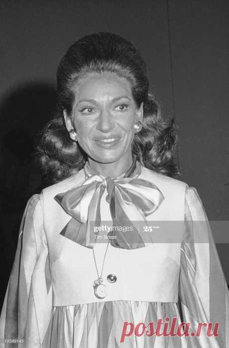 americanborn-greek-opera-soprano-maria-callas-smiles-as-she-attends-picture-id72349143 (1348×2048)