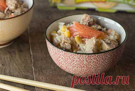 Салат с креветками, рисом басмати и тунцом   Жарю-Варю