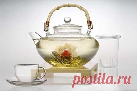 Как очистить организм от шлаков и токсинов? 5 очищающих напитков.  - Чай из душицы и мелиссы (для очищения кишечника)  Показать полностью...