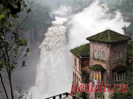 Навсегда закрывшийся отель Дель Сальто, Колумбия