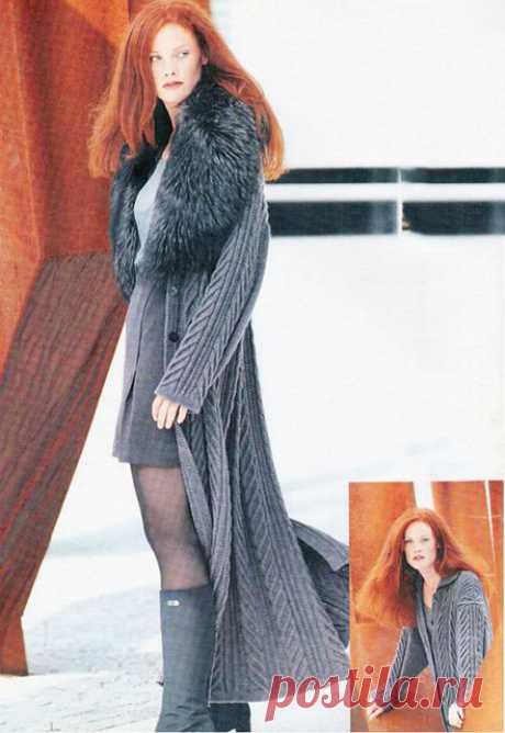 Длинное вязаное пальто для женщин спицами из мериносовой шерсти – схема с описанием вязания