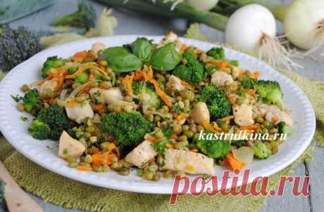 Рецепт вкусного второго блюда из маша с курицей