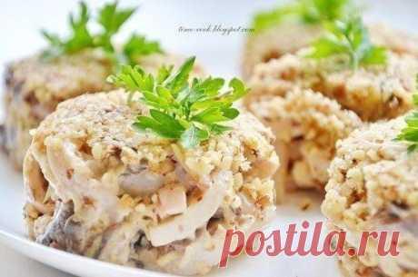 Как приготовить ореховый салат с кальмарами - рецепт, ингридиенты и фотографии