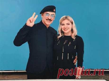 20-летняя внучка Михаила Боярского превратилась в красотку с пышными формами | Люблю Себя