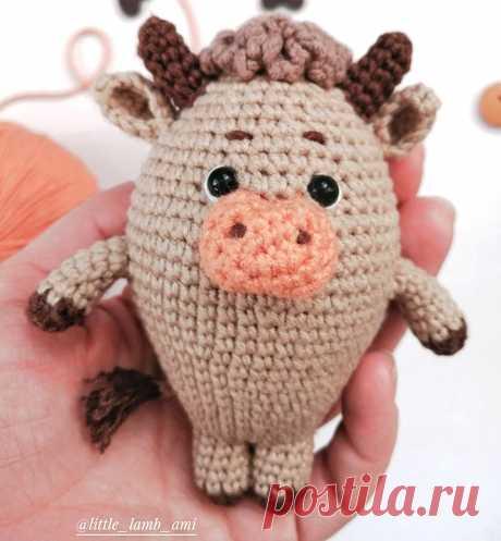 PDF Бычок Кудряш крючком. FREE crochet pattern; Аmigurumi animal patterns. Амигуруми схемы и описания на русском. Вязаные игрушки и поделки своими руками #amimore - бык, маленький бычок, корова, коровка, телёнок.