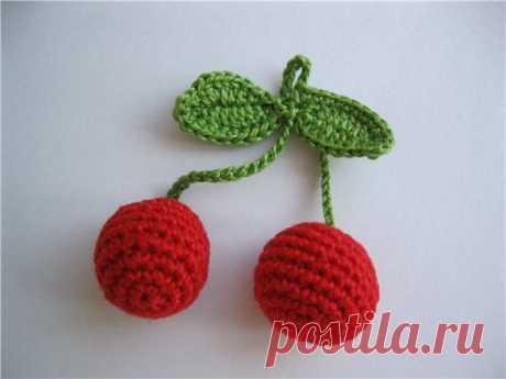 Вязаные ягоды: вязаная вишня, вязаная черешня