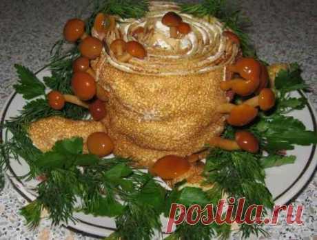Салат «Пенёк». Рецепт дан на украинском языке, но пошаговые фото приготовления салата будут понятны даже тем, кто украинского языка не знает.