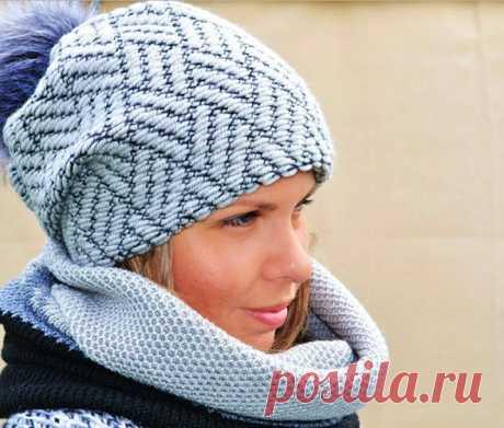 Двойная шапка спицами для женщин. Как связать, новые модели, схемы, описание с отворотом, узорами, резинкой. Видео, фото