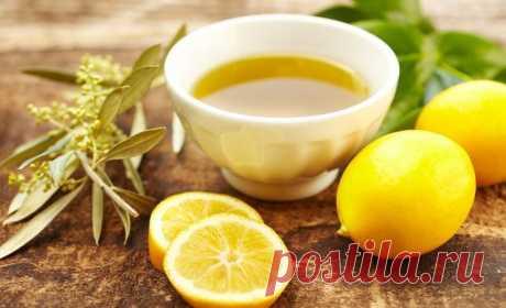 Сок лимона, оливковое масло и мед – уникальная смесь из натуральных компонентов, насыщающая организм полезными витаминами и микроэлементами.