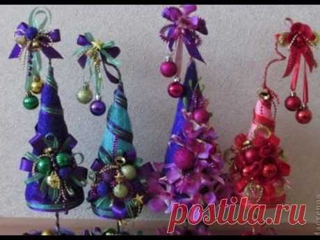 Новогодние елочки топиарии