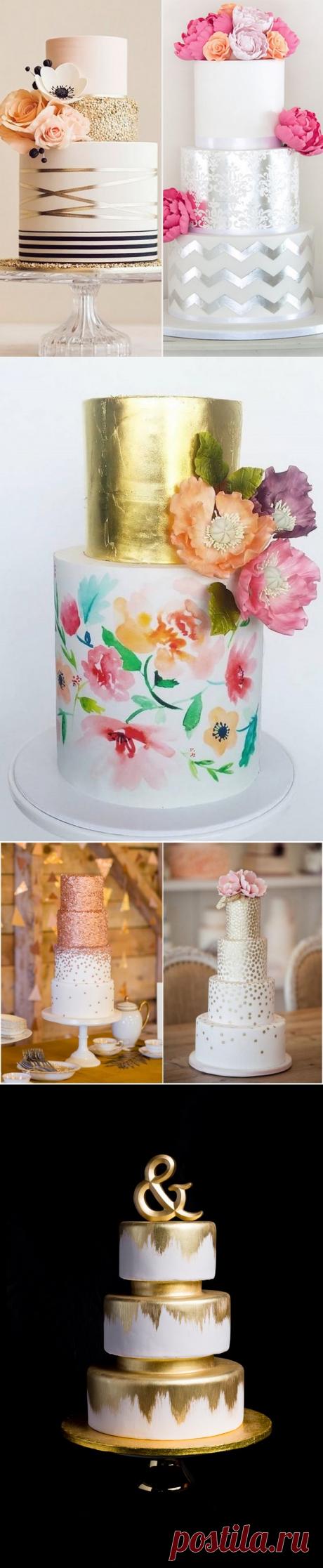 красивые свадебные торты в стиле металлик, украшенные сусальным золотом и серебром