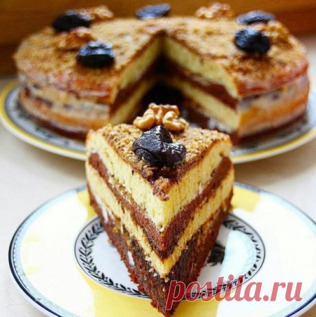 Торт сметанник с черносливом и грецкими орехами — Лучшие рецепты