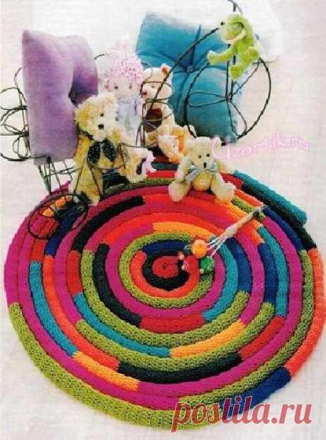Вязаный коврик из остатков пряжи - Описание вязания, схемы вязания крючком и спицами | Узорчик.ру