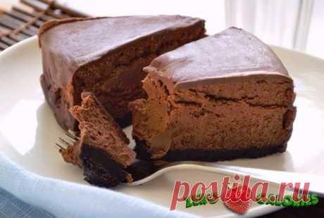 Диетический шоколадный чизкейк  на 100 грамм - 107.19 ккал, Б/Ж/У 16,18/ 1,68/ 7,24