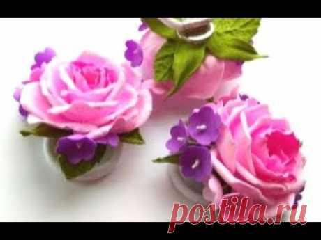 Красивые цветы из фоамирана на резинке