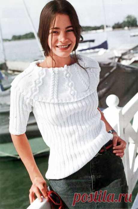 Пуловер с декоративным воротником
