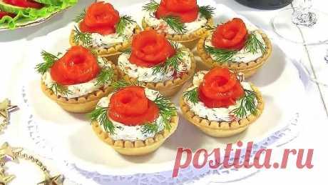 Закуска «Розочки» с Красной Рыбой Сыром и Чесноком.