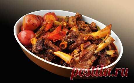 Запеченные бараньи ребрышки с картофелем | Вкусные Рецепты