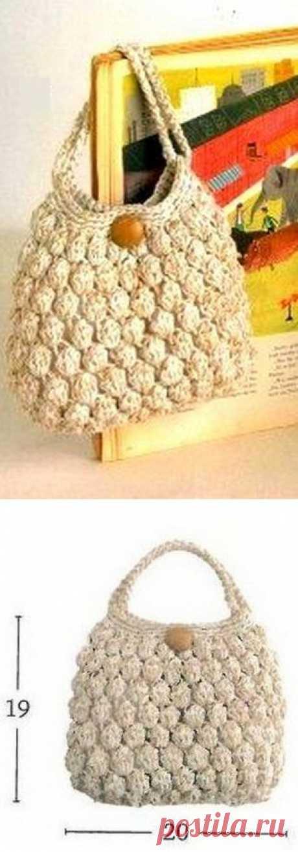 Вязание: простая сумка крючком.