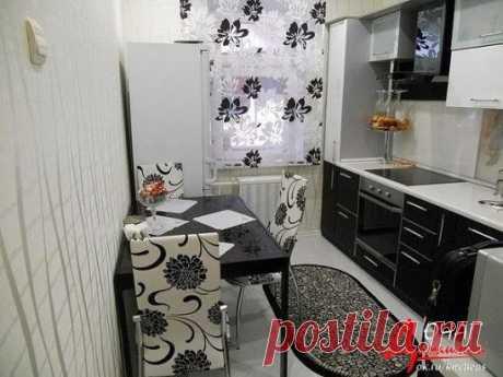 Черно-белая кухня смотрится очень красиво!! Как Вам?