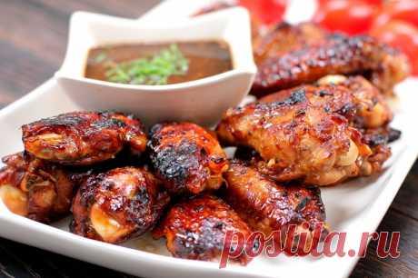 Куриные крылышки, запеченные в соево-горчичном соусе — Sloosh – кулинарные рецепты