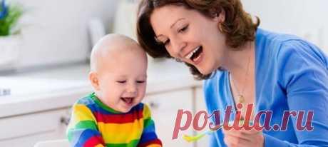 Смешное видео: мама придумала, как кормить дочку нелюбимой едой – и эмоции малышки стали мемом. Видеоролики с маленькой девочкой, которая ну очень хочет попробовать вредную пищу, стали вирусными в соцсетях.