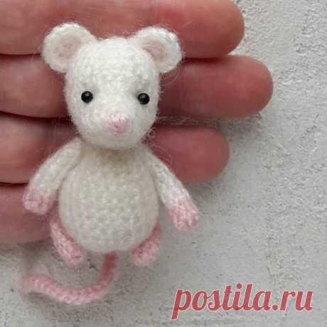 Крошечная мышка амигуруми из категории Интересные идеи – Вязаные идеи, идеи для вязания