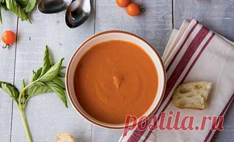 Делаем лучший томатный суп из консервированных помидоров              После завершения сезона овощных культур прямо с грядки прилавки супермаркетов заполняются совершенно безвкусными огурцами и томатами. Водянистые огурцы, даже не имеющиенастоящегоаромат…