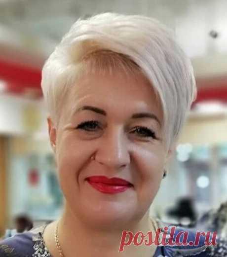 Стильные стрижки для женщин любого возраста от российских мастеров (и советы, где найти хорошего парикмахера) | Мода в деталях | Яндекс Дзен