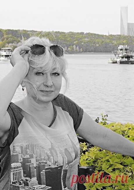 Лора Кустова