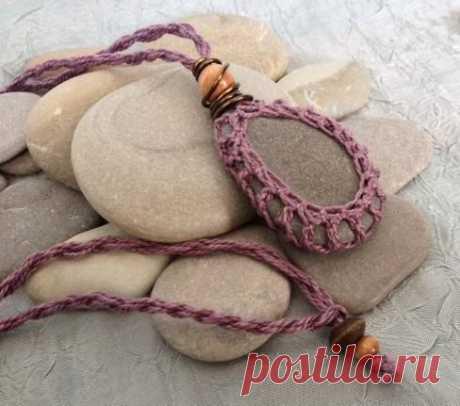 370 best örgü kolye images on Pinterest   Crochet jewellery, Crochet earrings and Crochet necklace