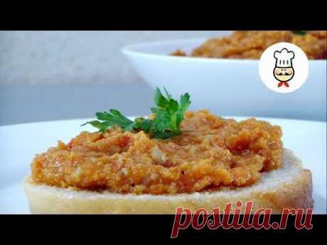 ГРИБНАЯ ИКРА с БАКЛАЖАНОМ / Волшебный вкус - превосходная закуска / Mushroom Caviar with Eggplant - YouTube Попробуйте !!! Вкус этой икры вас очень удивит. Сочетание продуктов просто шикарное. Мало кто догадается из чего она приготовлена. Смело подавайте ее на праздничный стол и гости ее оценят по достоинству. Ингредиенты: • Шампиньоны – 1 кг • Баклажан – 1 шт. • Помидоры – 300 г • Лук – 2 шт. • Болгарский перец – 1 шт. • Масло подсолнечное – 70 мл • Соль • Смесь перцев