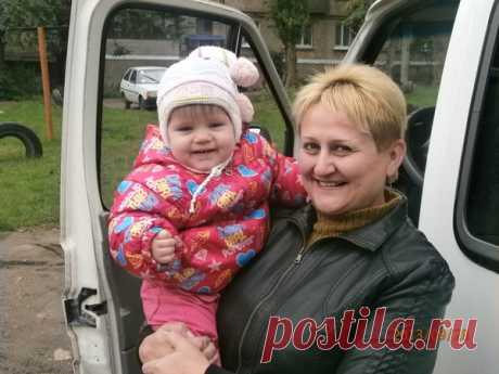 Елена Хлюстова