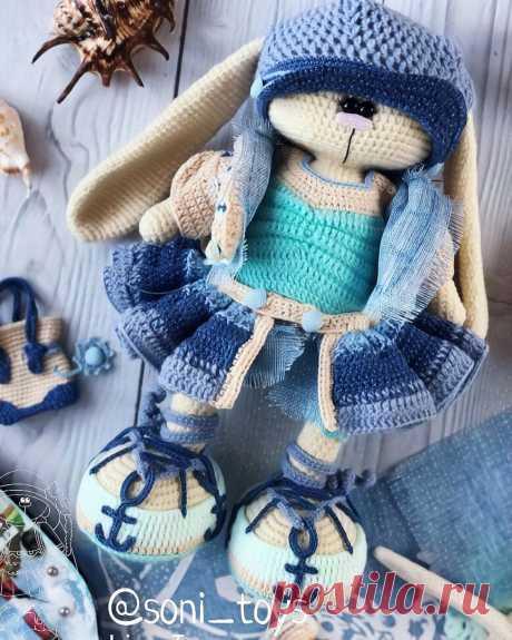 PDF Вязаный Зайка. FREE amigurumi crochet pattern. Бесплатный мастер-класс, схема и описание для вязания игрушки амигуруми крючком. Вяжем игрушки своими руками! Кролик, заяц, зайчик, зайка, rabbit, hare, bunny, hase, lebre. #амигуруми #amigurumi #amigurumidoll #amigurumipattern #freepattern #freecrochetpatterns #crochetpattern #crochetdoll #crochettutorial #patternsforcrochet #вязание #вязаниекрючком #handmadedoll #рукоделие #ручнаяработа #pattern #tutorial #häkeln #amigurumis