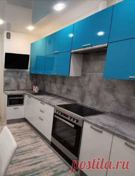 Очень стильная кухня, после взгляда на котрую своя уже нравится не так сильно.Отличное решение, от цвета до планировки гарнитура   ПЕРЕЖИТЬ РЕМОНТ   Яндекс Дзен