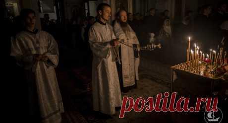 """Как поминать усопших? - Православный журнал """"Фома"""""""