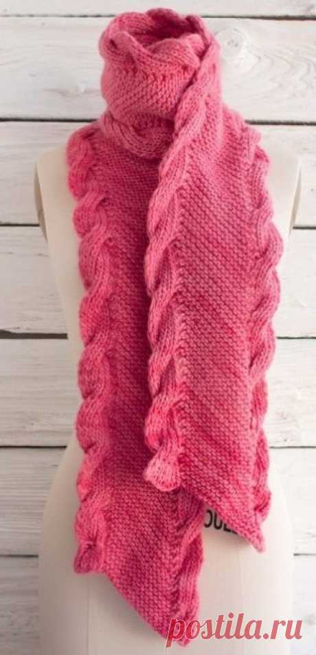 Scarf with a border from braids
