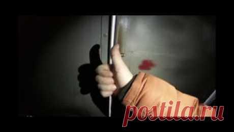 EL PICAPORTE ETERNO A LA PUERTA DEL GARAJE, LA PUERTA, LA PUERTECILLA \u000d\u000a\u000d\u000ahttps:\/\/www.youtube.com\/watch?v=mBpHqBhGyDU