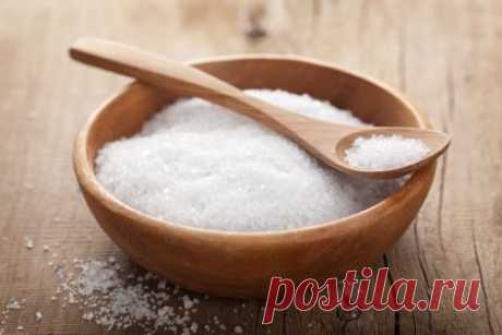 Приметы, связанные с солью, народные поверья, заговоры на соль Народные приметы про соль, поверья, суеверия: где держать соль, в какой солонке, почему нельзя недосаливать и пересаливать. Заговоры на соль от зла и бед, для счастья в семье.