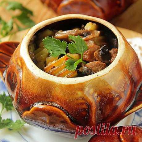 Куриные сердечки в сливках, приготовленные в горшочках | Самые вкусные кулинарные рецепты