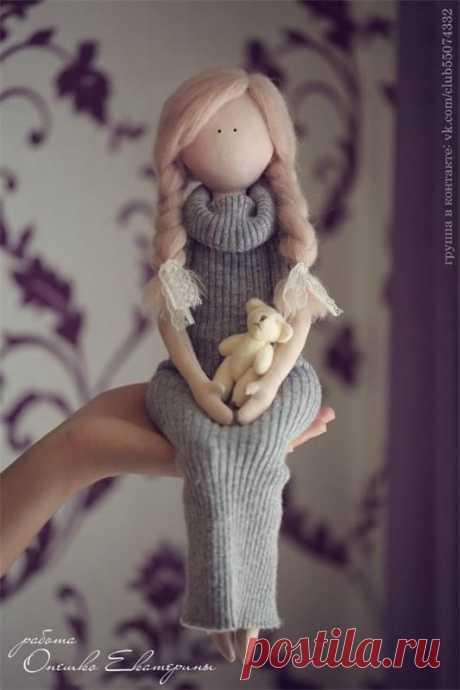 Шьем очаровательную куколку Шьем очаровательную куколку, которая не вызовет комплексов своими избитыми 90-60-90.Она максимально красива по-женски.